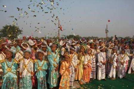Sagaing Myaung tsp noviciation ceremony, Myaung tsp, Sagaing 2.jpg