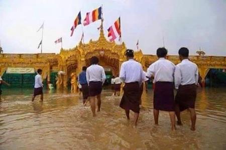 Sagaing Myaung tsp noviciation ceremony, Myaung tsp, Sagaing 24.jpg