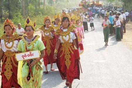 Sagaing Myaung tsp noviciation ceremony, Myaung tsp, Sagaing 5.jpg