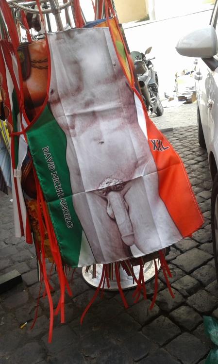 apron Rome 1